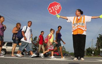 Toronto : il nuovo salario minimo aumenta il costo delle guardie di attraversamento scolastico di $ 580.000