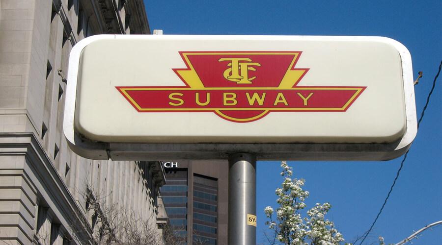 Toronto: un gruppo di difesa sul transito sta istruendo su come spingere il governo ad agire sul sovraffollamento